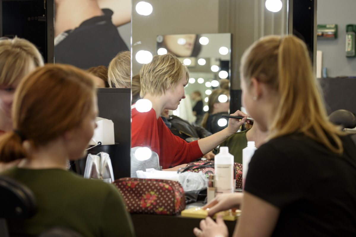 Visagie bij de Beauty College